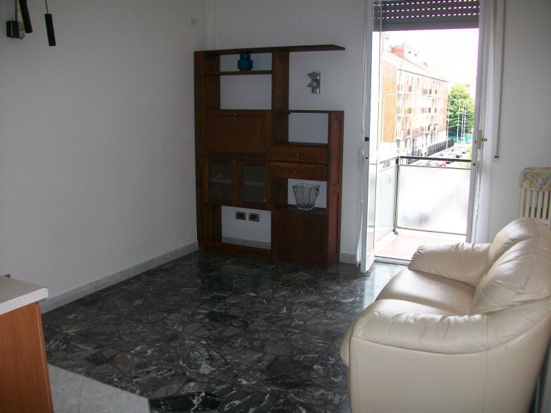 Bilocale Milano Via Alberto Da Gandino 4
